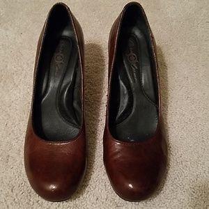 Born Crown Leather Pumps Brown 6.5 EUC